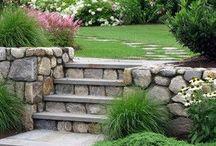 schody v zahradě