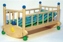 Akcesoria dla lalek / Wózeczki dla lalek bobasów,wózki głębokie oraz spacerówki,  chusty do noszenia lalek, smoczki, butelki, łóżeczka, kołyski, ubranka dla lalek