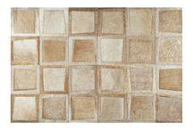 Coleção Nobre / A coleção nobre tem peças feitas em couro de origem europeia. São tapetes exclusivos que vão deixar seu ambiente ainda mais elegante!