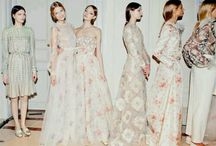 BACKSTAGES ( VALENTINO )