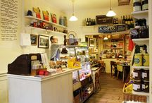 Restaurants, Cafes & Shops