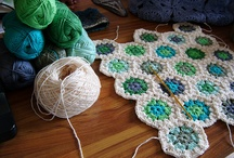 Crocheting Hexies
