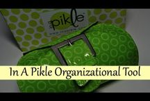 Purse Organization / by Nikki Boyd