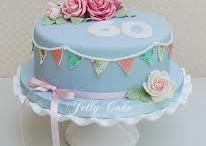 Birthday Cakes for Ladies- Inspiration / A compilation of beautiful birthday cakes we've seen online