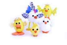 Egg Pipe Cleaner People / Best Easter Egg Craft with Dress It Up Buttons