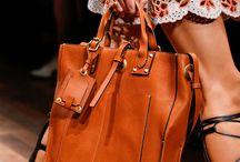 handbags/backpacks