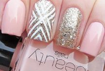 Nantia nail art