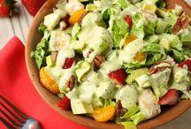 Salads n' Dressings / by Laura Poko