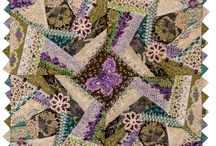 Quilts-Crazy / by Sherrie Beaver