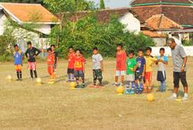 Uni Papua FC Probolinggo / IDGEN-Uni Papua FC now available in Probolinggo,East Java  http://unipapua.net/berita/uni-papua-fc-now-available-in-probolinggo-east-java/