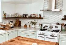 Home | Kitchens / kitchen, kitchen decor, kitchen style, how to decorate your kitchen, kitchen inspiration, kitchen trends, kitchen ideas, kitchen remodel, kitchen cabinets, kitchen backsplash, kitchen renovation ideas