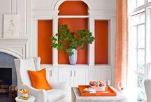 Arancio bruciato e bianco