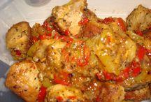 χοιρινή τηγανιά με πιπεριές και μουστάρδα
