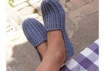 Scarpe fatte all'uncinetto