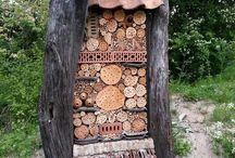 Luonnonmukaista torjuntaa ja hyönteishotelleja