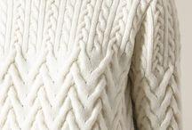 Вязаные свитера