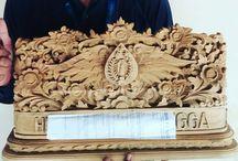 papan nama kayu ukir relief