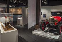 Lalique et l'art du voyage / Paquebots, trains, automobiles : trois modes de transport qui connaissent un développement considérable à la fin du XIXe et au début du XXe siècle. Trois moyens de locomotion qui stimuleront  la créativité de René Lalique.