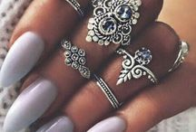 Rings and jewels