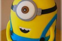 Party Ideas | Minions / Lots of lovely minion ideas for a birthday party, from a minion cake, to minion banners, minion party food, drinks, decorated mason jars, yellow minion fun that is perfect for a minion loving child.