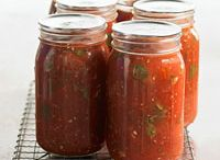 Tomato Sauce / by Rachel Deutsch
