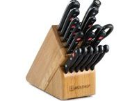Dream Kitchen Knife Set / by Lori Griffith