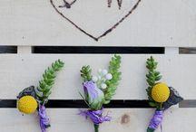Boutonnieres & Corsages / Boutonnières, wreaths and corsages