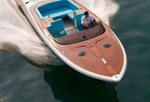 Båt, bil og MC / Ting som går framover.