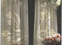 Horgolt függönyök