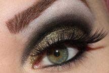 Makeup / by Esperanza Ruiz