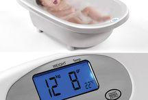 Aqua Scale Akıllı Bebek Küvetleri / Bebek Küveti + Bebek Tartısı + Termometre bir arada!   Amerika'dan sonra Türkiye'ye gelen akıllı küvetler stoklarla sınırlıdır!  İsterseniz hemen ödeyip indirim fırsatından yararlanabilir, ya da bekleme listesine adınızı yazdırabilirsiniz.  İncelemek için: http://bebekform.com/bakim-ve-banyo/bebek-kuvet/aqua-scale/