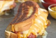Grill Cheese Hot Dogs