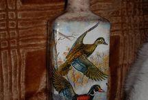 BOTELLAS-GARRAFAS-TARROS / Decoración de botellas, tarros y otros recipientes de cristal.    www.manualidadespinacam.com