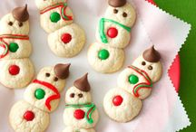{Kids in the Kitchen} Holiday Cookies