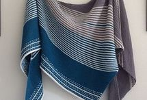 Knitting shawls