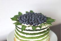 Cakes / by Vanessa Bennink