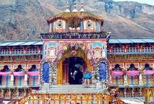 Badrinath Yatra 2017 / Badrinath Dham is one of the famous temple in Chardham  along the left bank of river Alaknanda with the towering Neelkantha Peaks as the splendid backdrop.