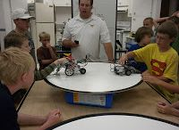 4-H: Robotics / The 4-H Robotics project provides hands-on experiences in designing, programming and building robots.