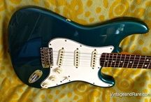 Vintage Fender Stratocasters / Gallery of amazing vintage Fender Stratocasters