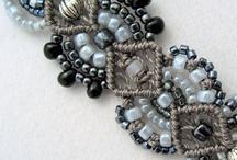 textil jewelry