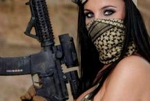 ** Girl & Airsoft **
