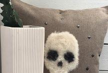 cushions / cushions