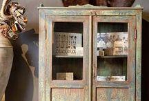 Kasten | Nano Interieur / Naast dat een kast functioneel is, is het ook een echte eyecatcher voor in uw woning. In ons assortiment vindt u onder meer buffetkasten, boekenkasten, tv kasten en maatwerk kasten. Doordat de kasten worden vervaardigd door onze eigen meubelmakers kunt u zelf de kleur of beits bepalen. Bekijk hier een greep uit onze collectie of kom langs in één van onze woonwinkels!