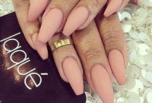 next nails
