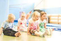 Harrastejumppa / Raision Jumppareilla on tarjolla runsas kattaus laadukasta harrasteliikuntaa lapsille, nuorille, aikuisille ja perheille.