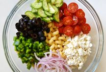 Greek pasta salad / Yummy