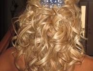 hair styles / by Rachel Baumzweig
