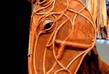 Y08 - Animal Sculptures Warhorse puppets