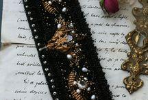 Bracelets embroidery