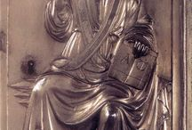 Медальоны-барельефы